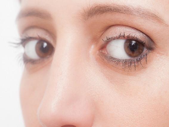 三白眼 に なりたい 三白眼っていいですよね。三白眼にはどうしたらなれますか??